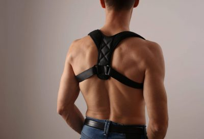 Pros and cons of posture correctors